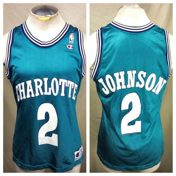 b89ce51be9c VINTAGE CHAMPION CHARLOTTE HORNETS (40/SMALL) LARRY JOHNSON #2 GRAPHIC NBA  BASKETBALL