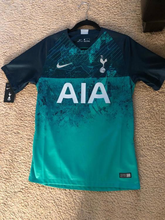 premium selection 72141 90b1b AUTHENTIC NIKE MEN -S. Tottenham Hotspur / Spurs 3rd Kit Lucas Moura -27.
