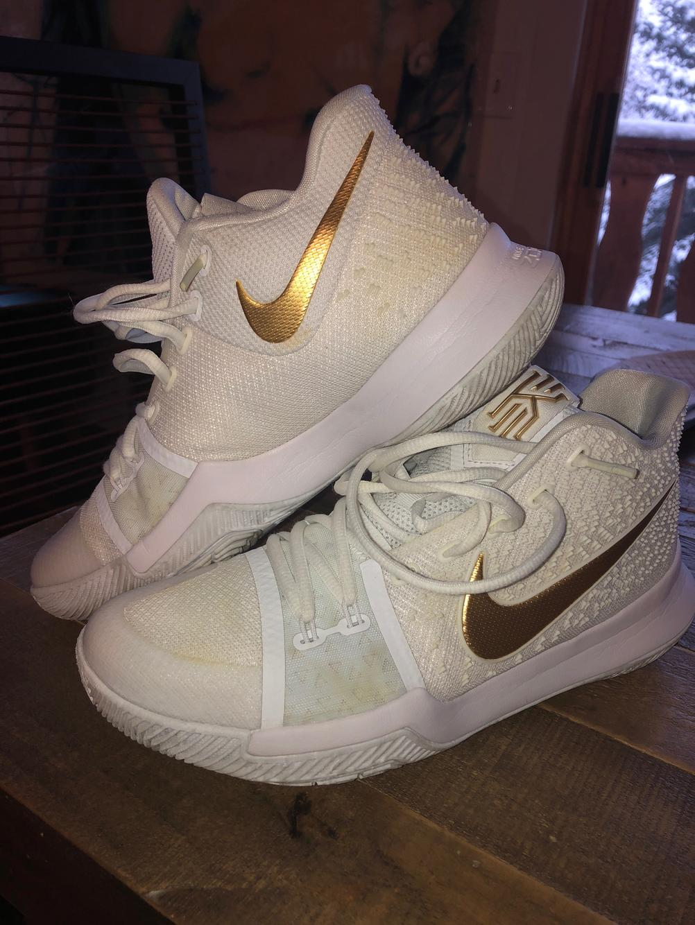 Nike White/Gold Kyrie 4 | Basketball Shoes