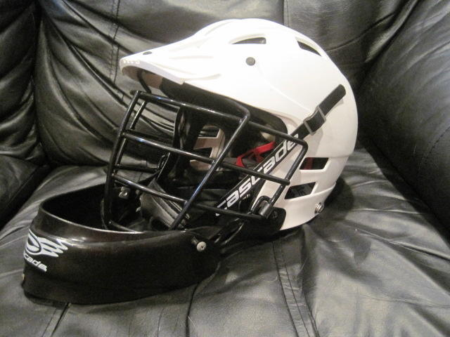 Cascade Clh2 L Lacrosse Helmet White W Goalie Throat Protector Sold
