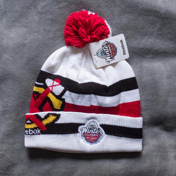 Chicago Blackhawks Winter Classic 2017 Knit Winter Hat Beanie Pom St Louis  Blues Reebok - SOLD 30d0b5a7863