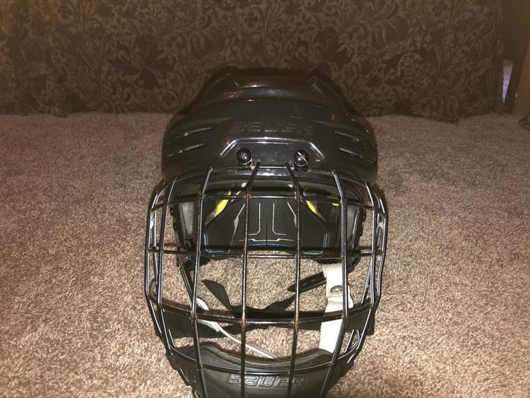 023aee84429 Bauer New Black Re-Akt 200 Helmet With Oreo Cage