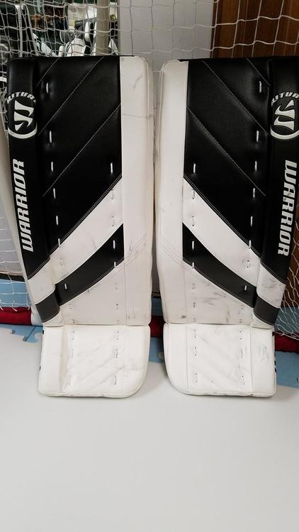 64611b78b61 Warrior G4 Senior- 32 +1.5. (White and Black)