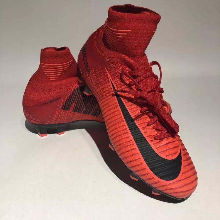 quality design ff23b fdc03 Nike Jr Mercurial Superfly V DF FG Size 4y Cleats