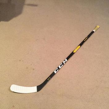 c2a4333e153 CCM Super Tacks AS1 Stick Righty Mid 40 - 45 Junior