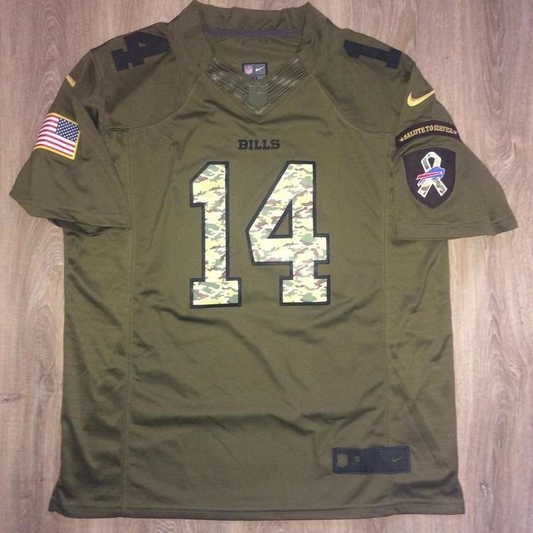 best cheap 69c20 697a0 New Nike NFL Military
