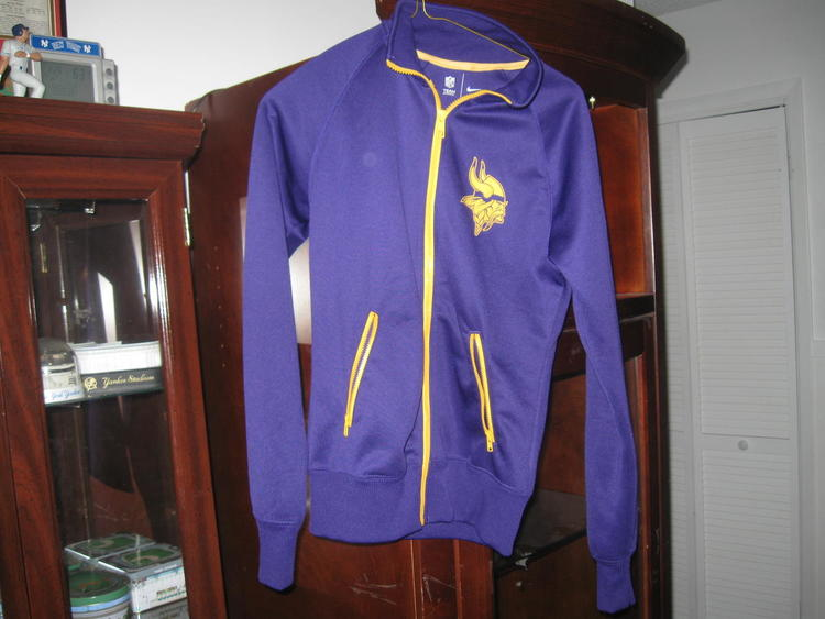 cheap for discount 6a3b4 6857f VIKINGS NIKE JACKET(S)SALE!