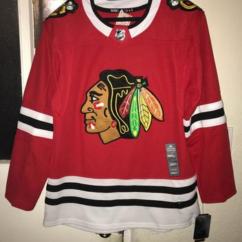 20a8ec4eb79 New AUTHENTIC Chicago Blackhawks On Ice Adidas Jersey. Related Items