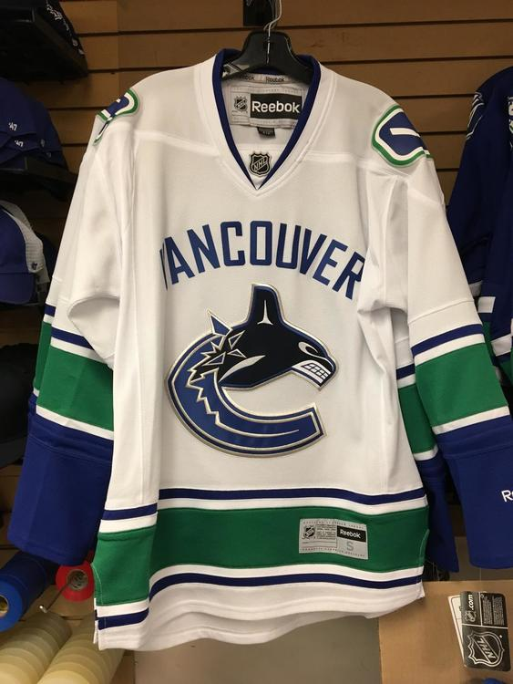 new concept 6334c 79302 New Reebok Officially Licensed Vancouver Canucks Jerseys