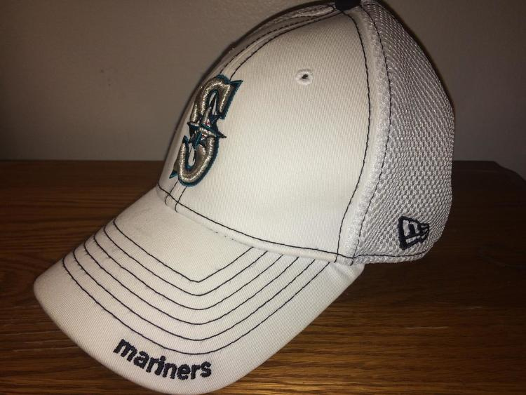 (Small-Medium Flexfit) New Seattle Mariners New Era Hat - NEW LISTING a3bf810219b
