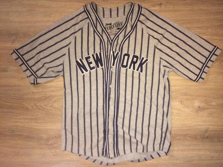 Large) New York Yankees   Derek Jeter Jersey Shirt  8e665d63f2c