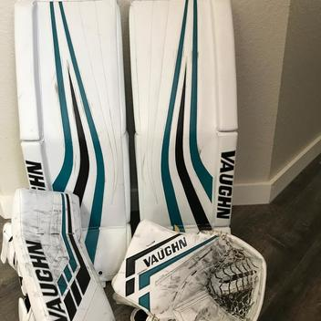 Vaughn Goalie Pads | Buy and Sell on SidelineSwap