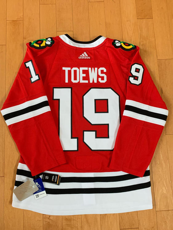 eb88d31cca8 Adidas Jonathan Toews Chicago Blackhawks Red Authentic Player Jersey Size  50 (M). Related Items