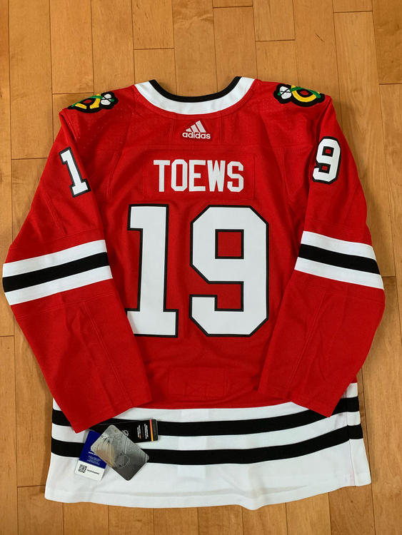 Adidas Jonathan Toews Chicago Blackhawks Red Authentic Player Jersey Size  46 (S) - NEW LISTING 92efde9c2