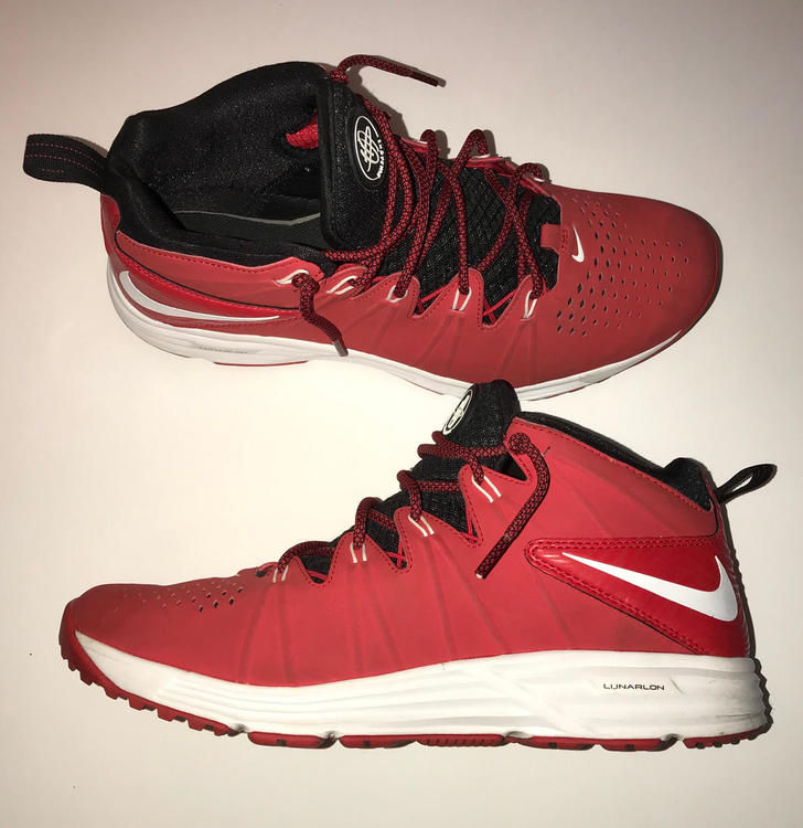 f4b4be473154 Nike Huarache 4 Turf (Sz 10)