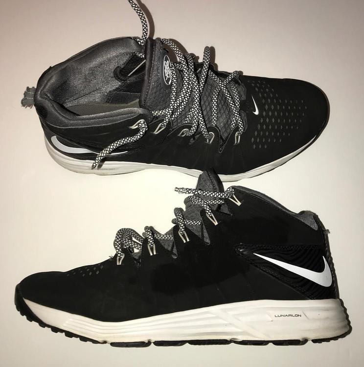 f08314b24964 Nike Huarache 4 Turf (Sz 10.5)