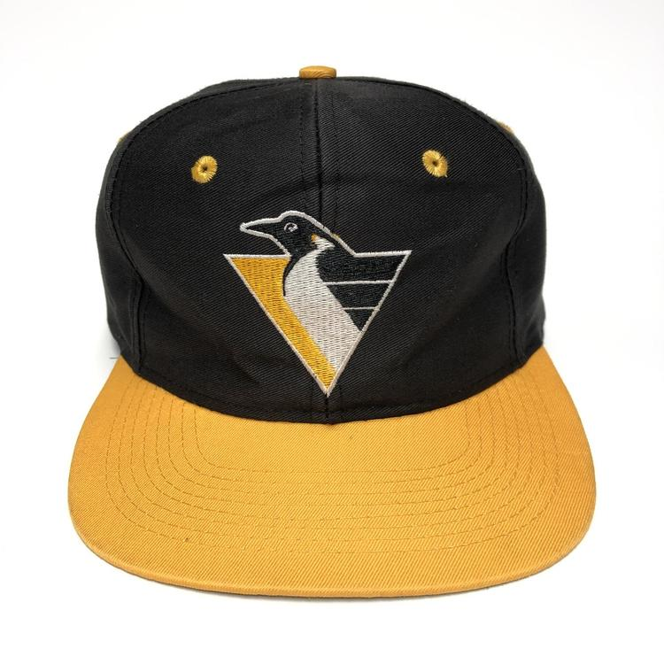 51753c3ff2756 Vintage Pittsburgh Penguins Snapback Hat. Related Items