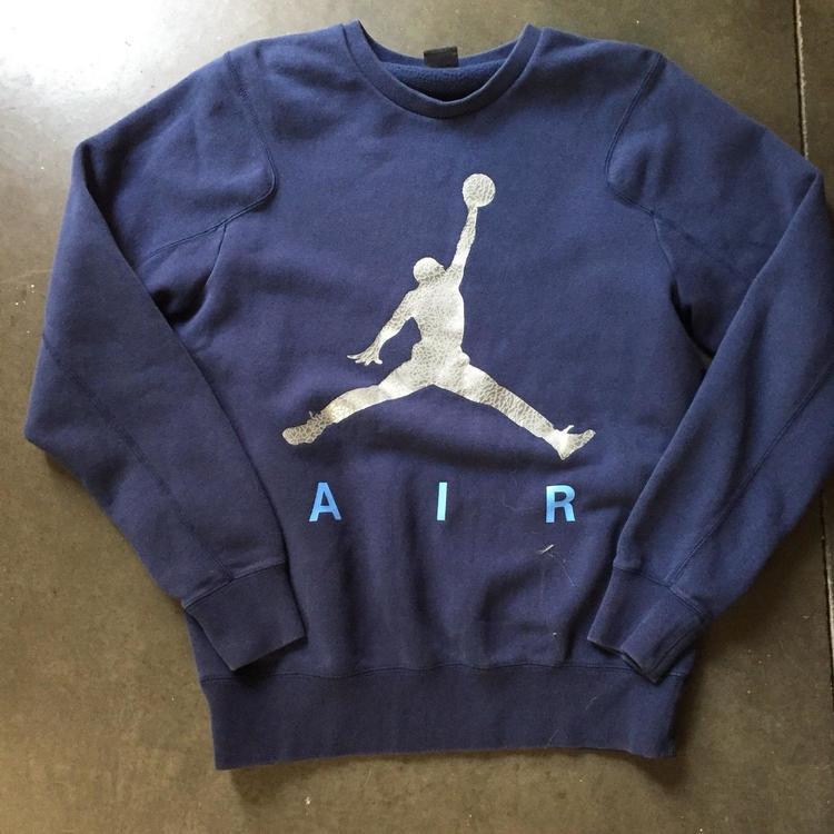 0d30457e2da007 Men s Air Jordan Jumpman Logo Navy Blue Elephant Print Crewneck ...