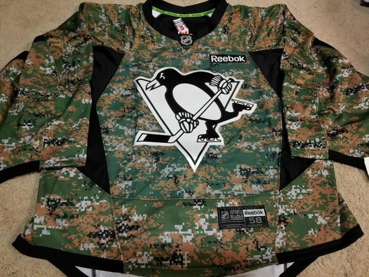 best service 6b181 6c17c PITTSBURGH PENGUINS Goalie Cut Military Camo Practice Issued Authentic  Jersey 58