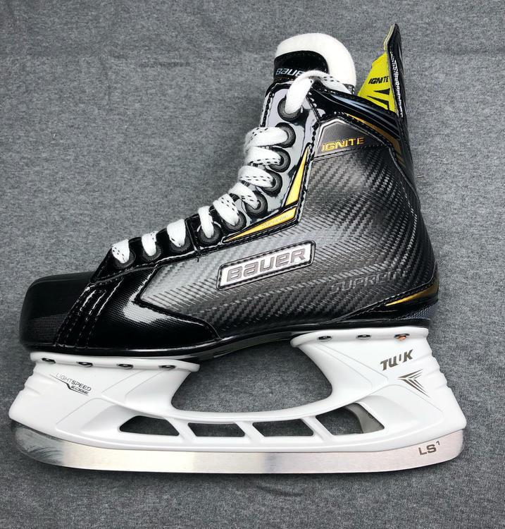 4f4689644eb New Bauer supreme Ignite Hockey Skates Size 1 - SOLD