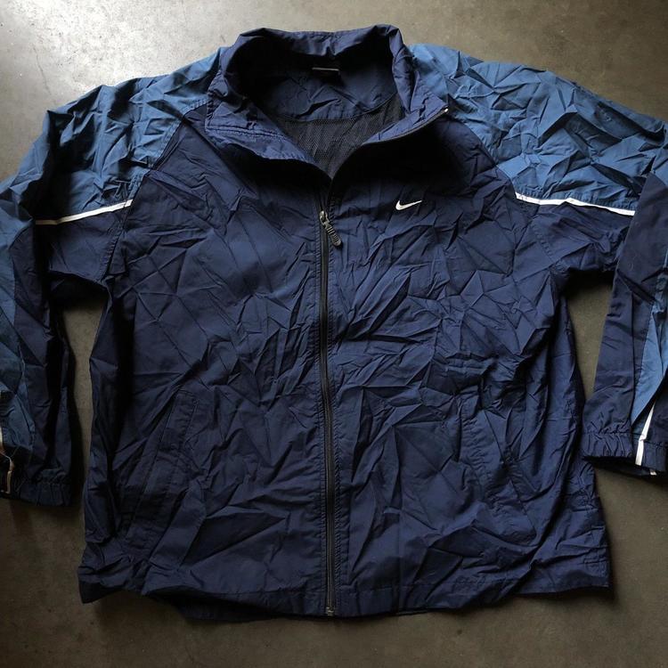 4c1c827ab2 Nike Men s Vintage Navy Blue White Spell Out Light Zip Windbreaker Jacket  Sz XL