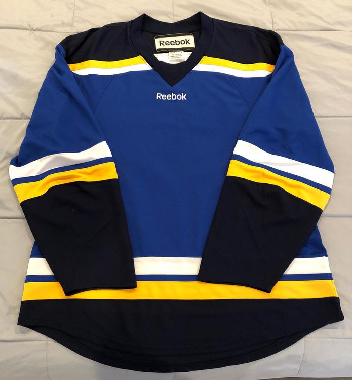 0a5a1629d Reebok St. Louis Blues Uncrested Jersey Men s Large