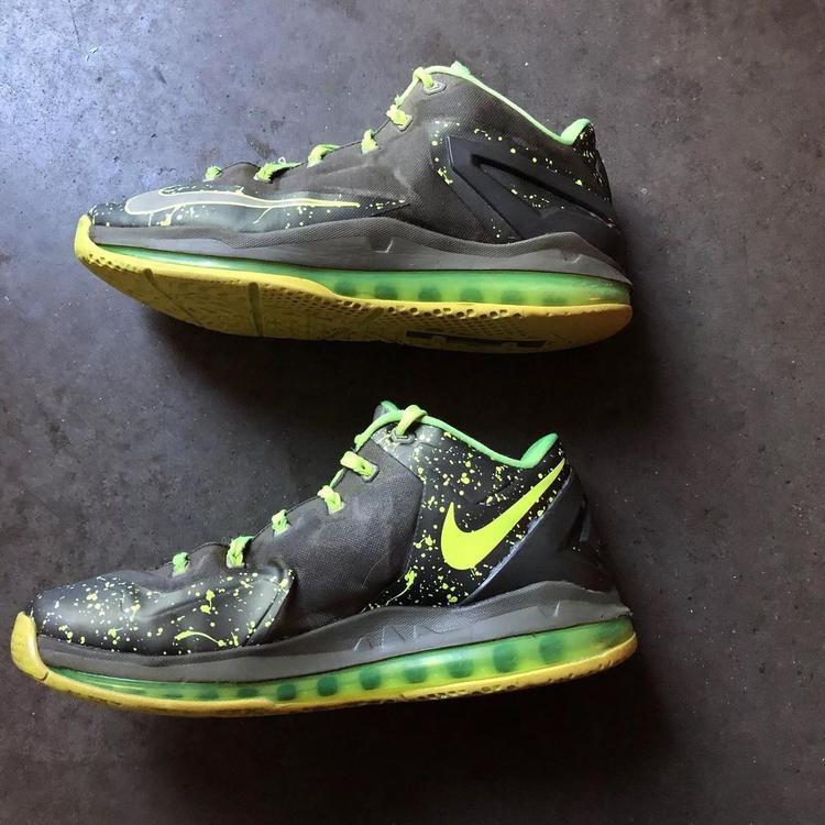 newest 66878 9ad67 Nike Men s Lebron 11 XI Low Dunkman Air Max Volt Green Gray Sz 9.5 (642849- 200)   Basketball Footwear   SidelineSwap