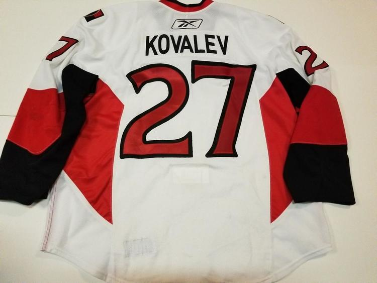 detailed look 53eac 22bcf ALEXEI KOVALEV 09'10 Ottawa Senators PHOTOMATCHED Game Worn Used Hockey  Jersey