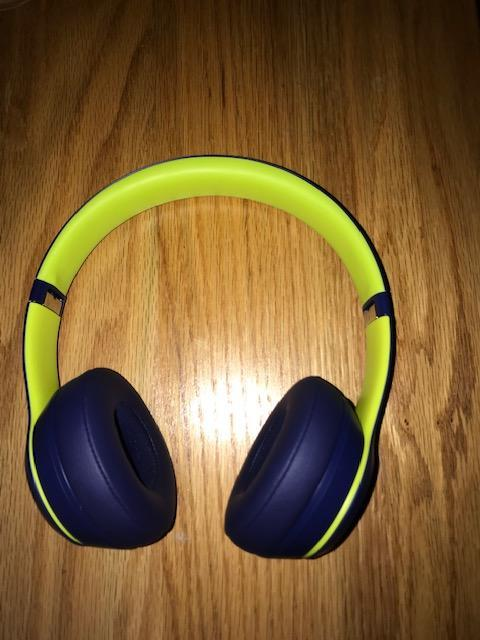Beats Solo3 Wireless Blue And Lime Greenno Trades Sold