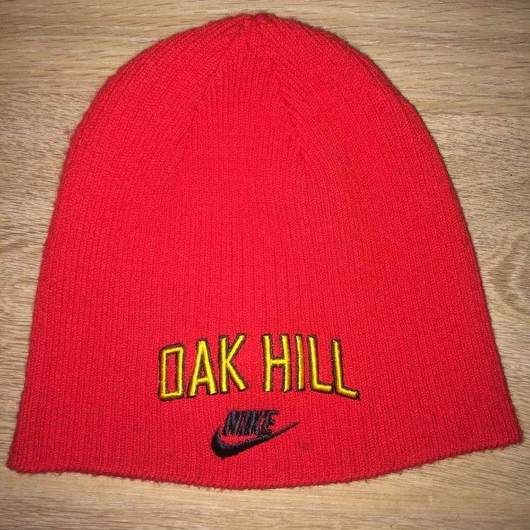 hot sale online 33176 3f58c Vintage Nike Carmelo Anthony / Oak Hill Academy Winter Hat
