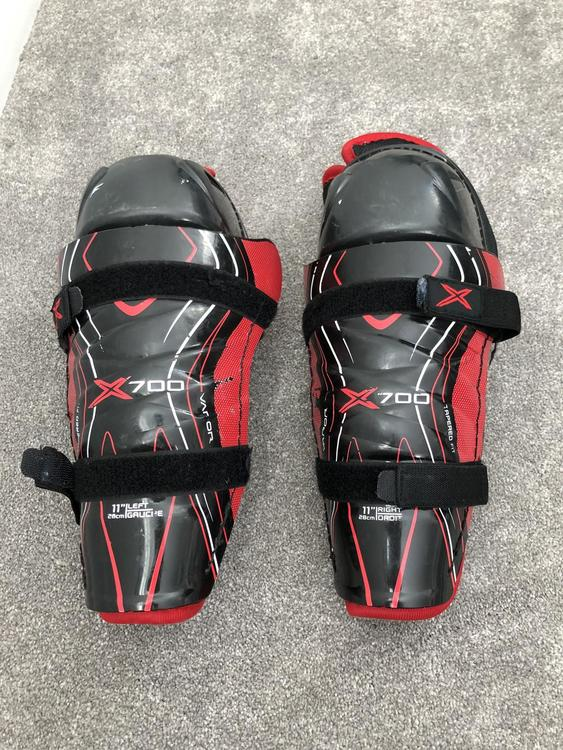 Bauer Vapor X700 Shin Pads Junior - PRICE DROP e9f6966fe