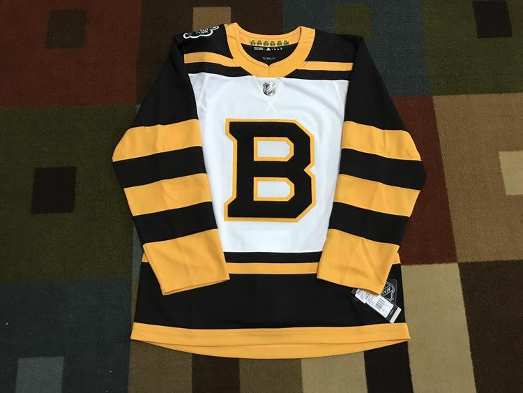 Adidas Boston Bruins Winter Classic 2019 Authentic Jersey NWT ... 20d603ebd