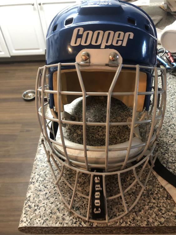 Bauer Cooper Mask Senior Pro Stock Dangler Not Included Sold