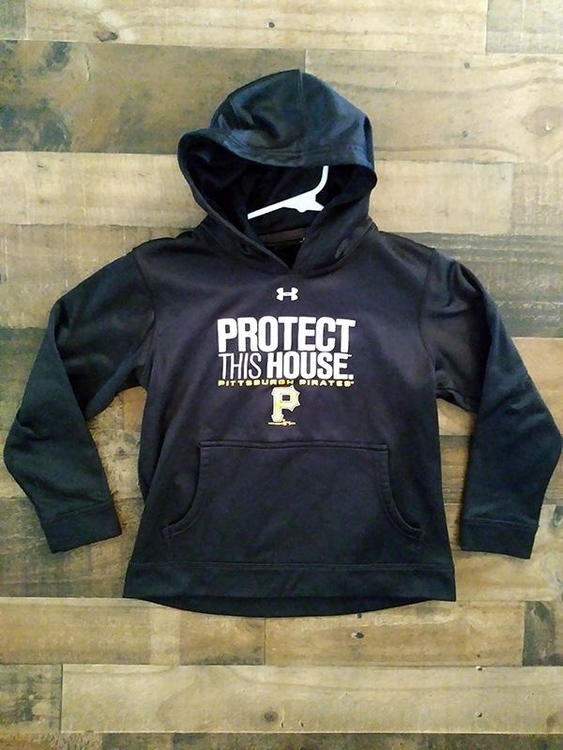 uk availability d02c0 d6f81 Under Armour MLB Baseball PITTSBURGH PIRATES Protect This House Polyester  Hoodie Pullover