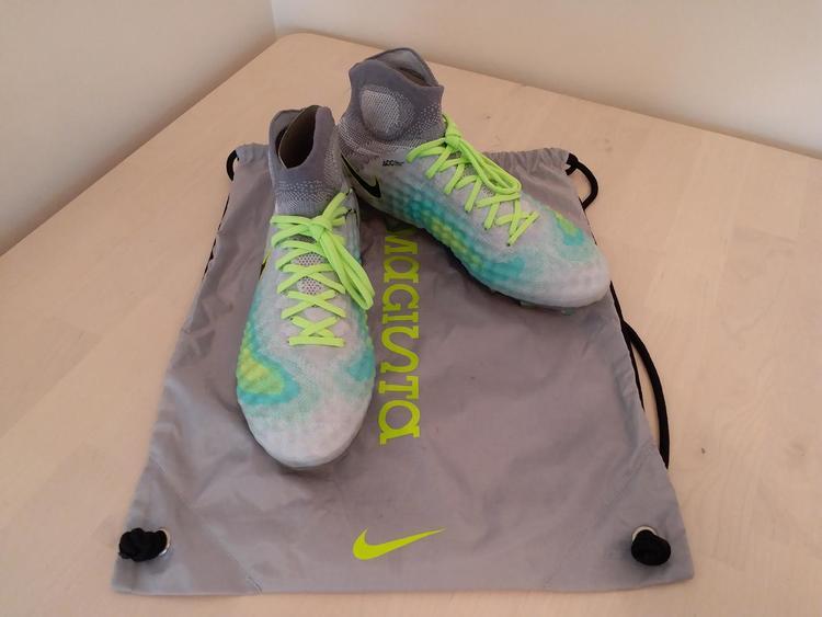 check out 03b4a 6fb60 Nike Magista Obra II Elite Pure Platinum DF FG 844595-003
