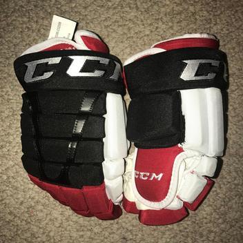 3b3af2be79e SOLD.  200. 4. Brand New Marian Hossa Chicago Blackhawks 2015 Winter  Classic CCM Pro Stock Hockey Gloves