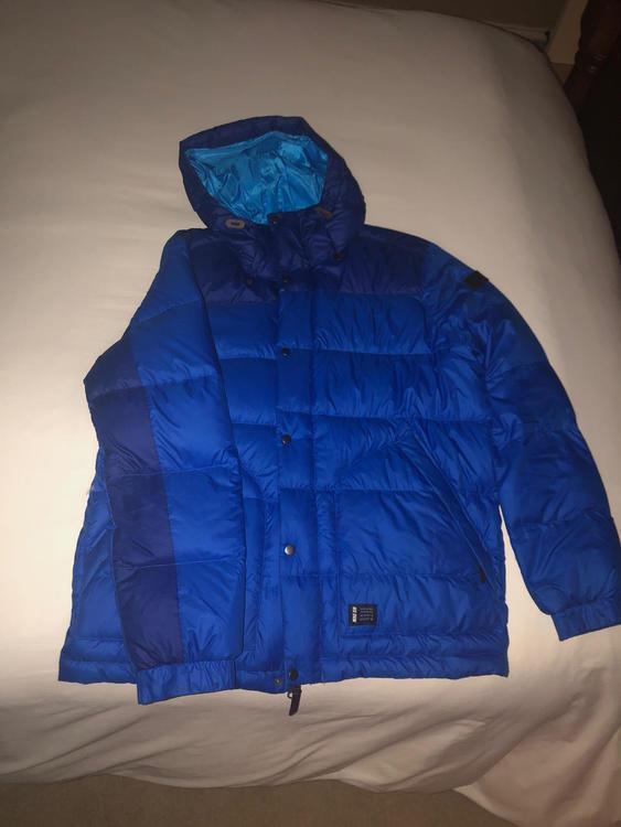 e75d076689be Nike SB Snowboard  Ski Jacket. Related Items