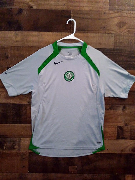 the best attitude 0d16a ec0b0 Nike UEFA Soccer CELTIC FC FOOTBALL CLUB Glasgow Scotland Embroidered Jersey