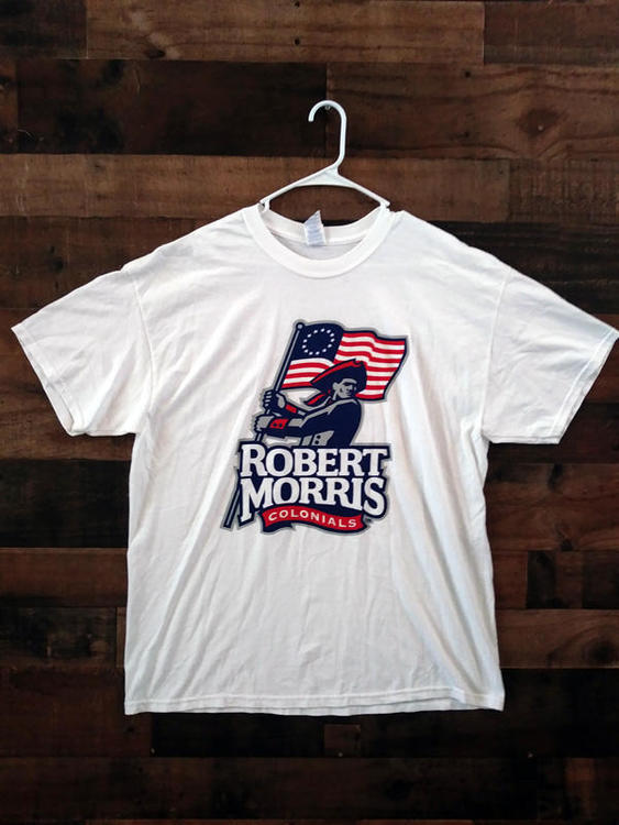 brand new 14e0f ef931 New NCAA College ROBERT MORRIS UNIVERSITY COLONIALS Barnes Noble Team Shirt