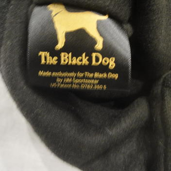 31cbebe2a1d BOSTON BRUINS THE BLACK DOG JERSEY TOQUE Hat NEW - SOLD. Comments (0)  Favorites (1)