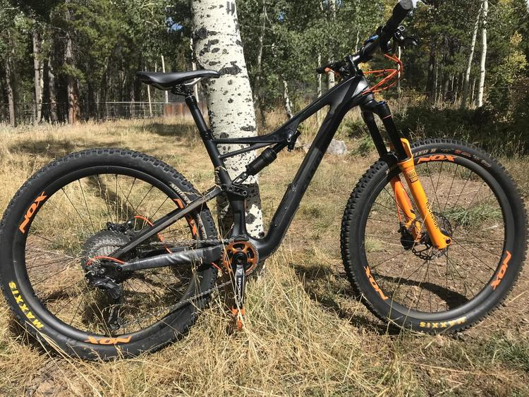 2defd4ae77f Specialized 2017 Stumpjumper S-Works | Bikes Complete Bikes | SidelineSwap