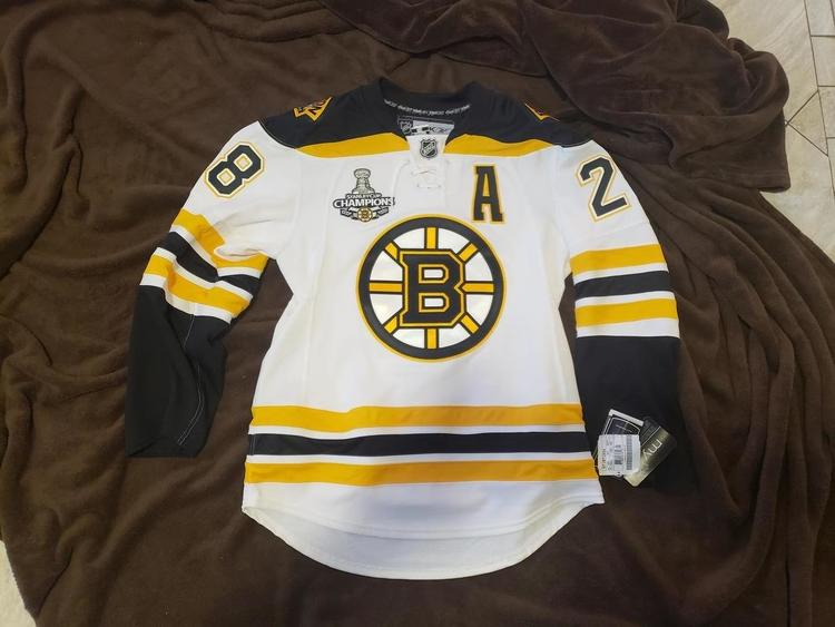premium selection e0b61 96452 New Reebok Recchi cup patched authentic Bruins Jersey, 46