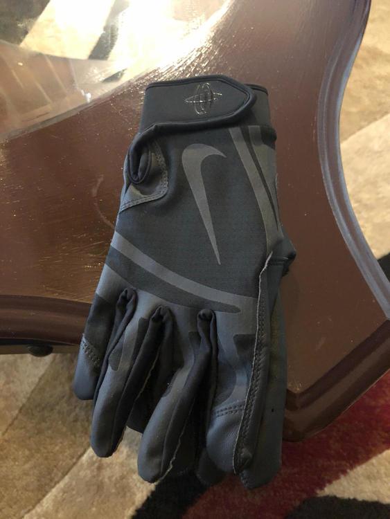 763a6048d7b9 Large Nike Huarache Batting Gloves