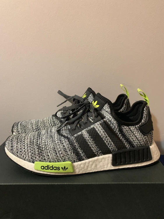 Adidas New With Box NMD R1 Size 12.5