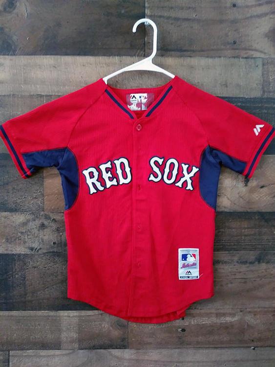 brand new f4987 1413e Majestic Cool Base MLB Baseball BOSTON RED SOX Embroidered Button Jersey
