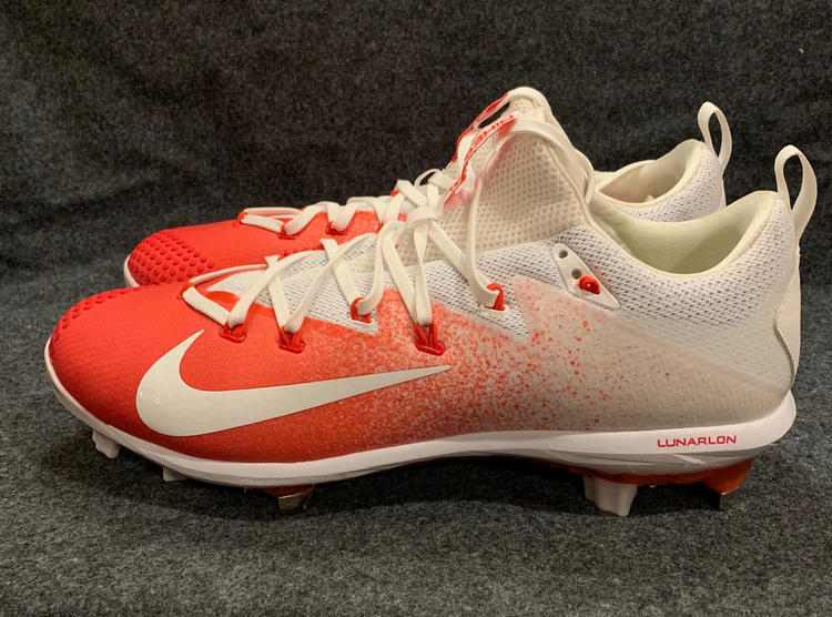 1a5b3ad9eb5f Nike Vapor Ultrafly Elite Metal Baseball Cleats Mens White Red 852686-618  Size 13