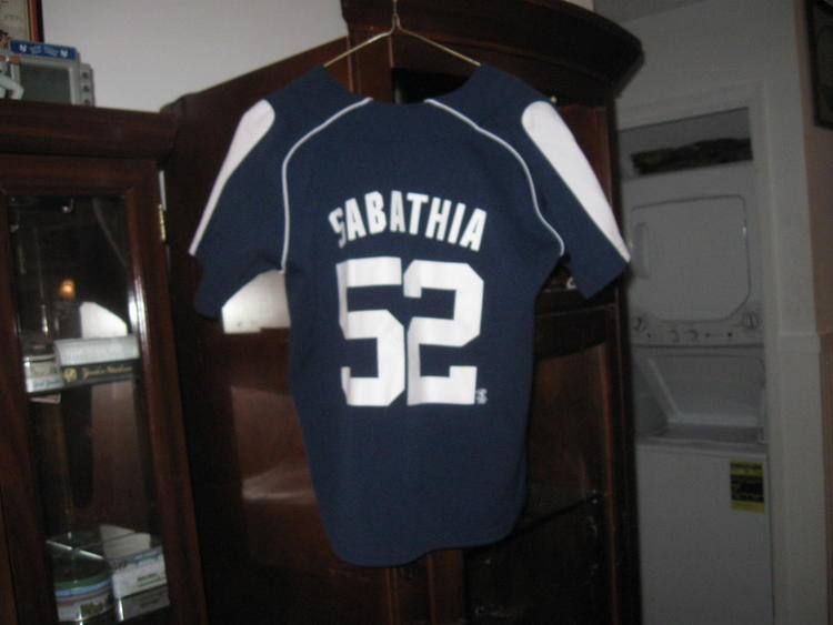 best service 85a71 09c93 NY YANKEES CC SABATHIA YOUTH HOME JERSEY(M) EMBRIODED! -