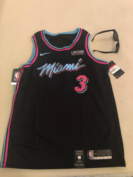 the best attitude 78492 e6046 Miami Vice D-Wade Jersey And Sunglasses
