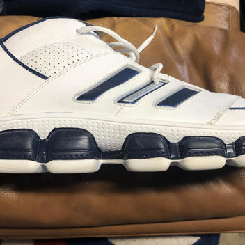 size 15 basketball shoes