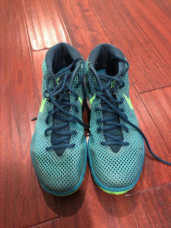 hot sale online 39b49 70f78 Nike Kyrie 1 Teal Green Emerald RED Men Sneaker